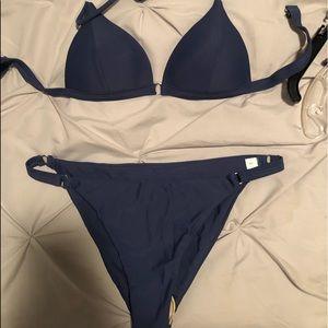 She-in triangle bikini